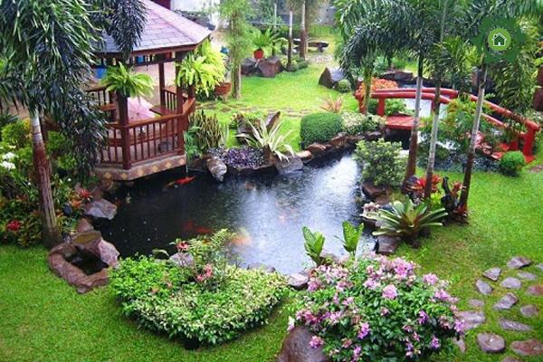 Cách trang trí sân vườn nhà cấp 4 với hồ cá nhỏ xinh