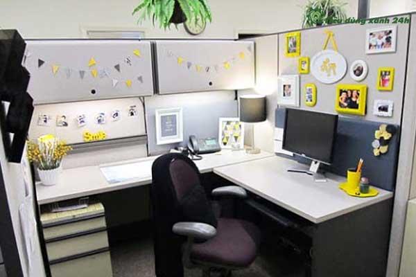 Trang trí phòng làm việc công sở bằng ảnh chụp tập thể