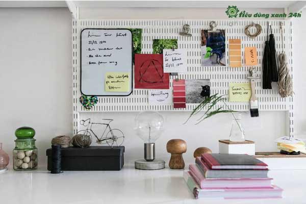 Trang trí phòng làm việc công sở bằng bảng treo tường trang trí