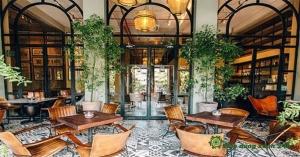 Bật Mí Cách Trang Trí Quán Cafe Trong Nhà Đơn Giản Mà Đẹp